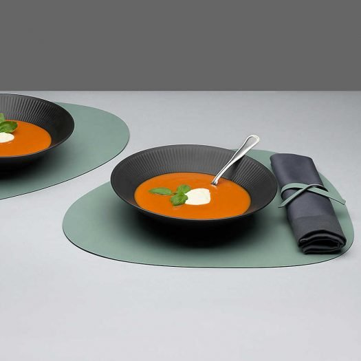 Curve Leather Table Mat