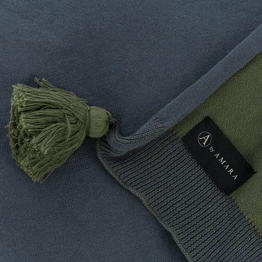 Pom Pom Knitted Throw – 130x170cm – Blue & Green