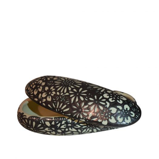 Oval Box with Flowers