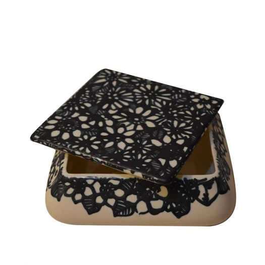 Flowery Box with Square Lid