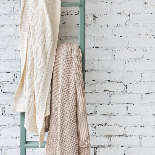 Cable Knit Throw – Cream