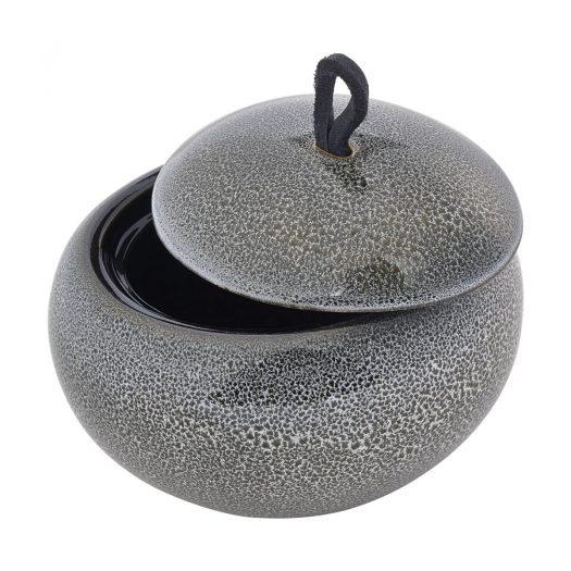 Ugo – Beauty box – Black olive